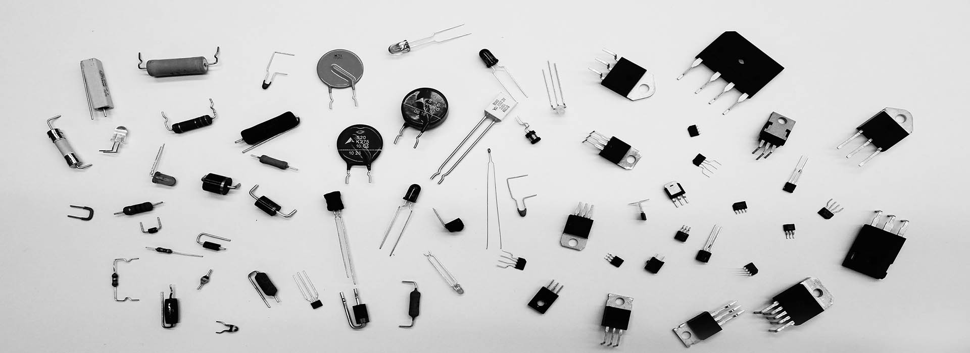 elektronische Bauteile lose, Lohngurtung, SMD, RADIAL, Axial, Gurtung, Bauteilkonfektionierung - MBLE-lohngurtservice